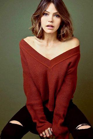 Aimee Teegarden 1