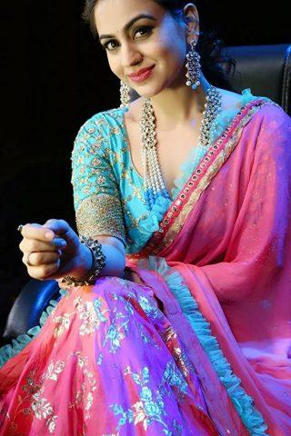 Aksha Pardasany 3