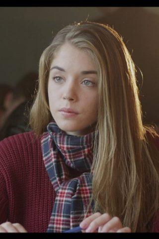 Alice Isaaz 2