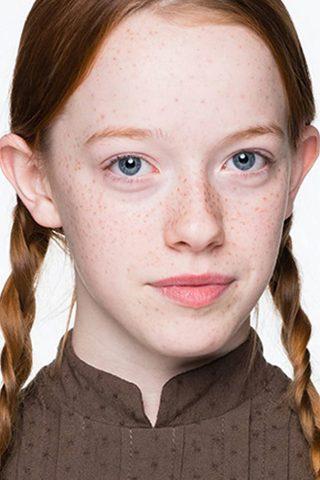 Amybeth McNulty 2