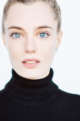 Anja Savcic 4