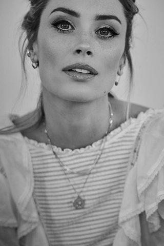 Arielle Vandenberg 3