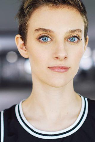 Aubrey Peeples 4