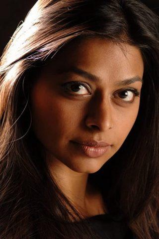 Ayesha Dharker 4