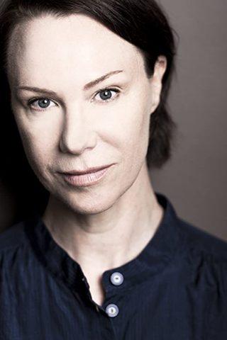 Belinda McClory 3