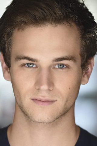 Brandon Flynn 4