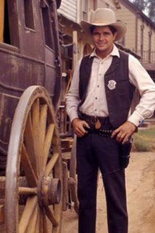 Buck Taylor 4