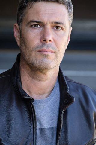 Carlos Bernard 4