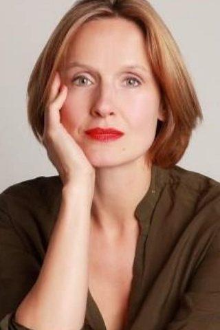 Claire Cox 1