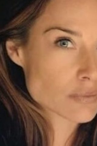 Claire Forlani phone number