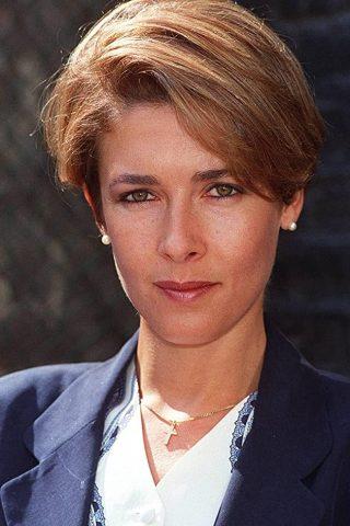Deborah Moore 4