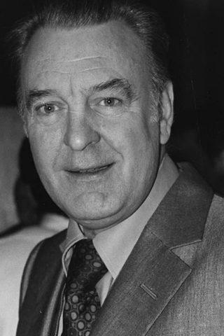 Donald Sinden 1