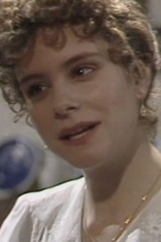Elizabeth Garvie 4