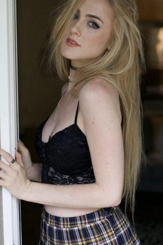 Emma Holzer 4