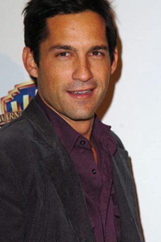 Enrique Murciano 2