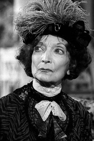Estelle Winwood 1