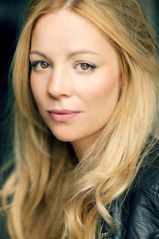 Fiona Button 4