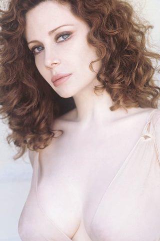 Francesca Dellera 4