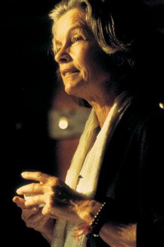 Geneviève Bujold 4