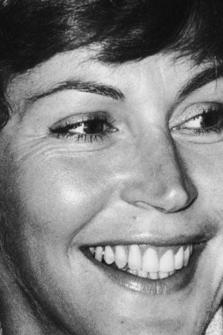 Helen Reddy phone number
