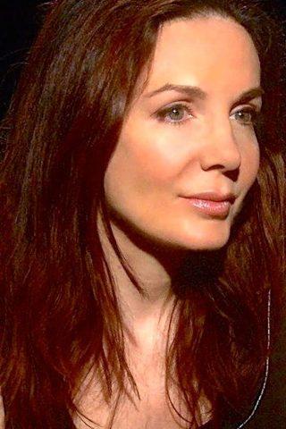 Hélène Cardona 1