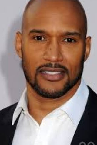 Henry Simmons 4