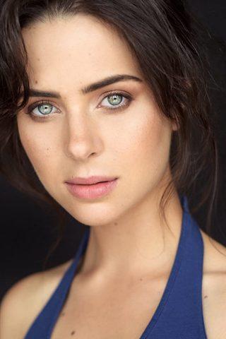 Holly Deveaux 3