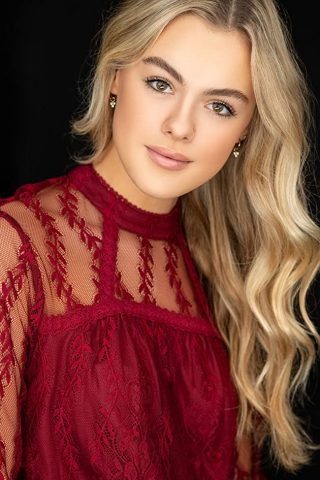 Isabella Alexander 3