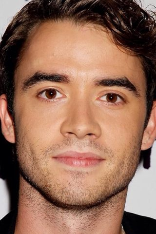 Jamie Blackley 1