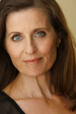 Jennifer Hetrick 2