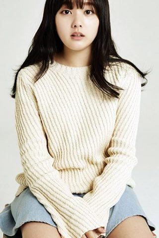 Ji-so Jung 4