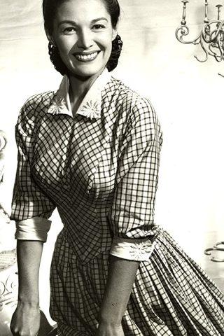 Joan Taylor 8