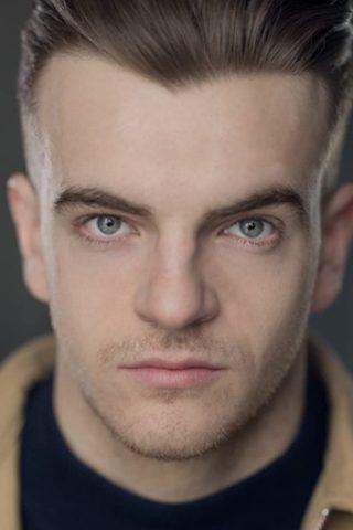 Jonno Davies 2