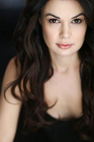 Jordana Largy 4