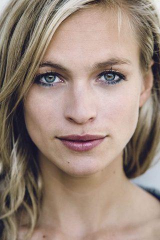 Julie Engelbrecht 2