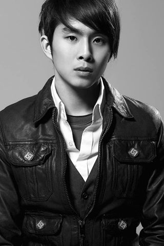 Justin Chon 3