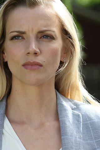 Kara Killmer 3