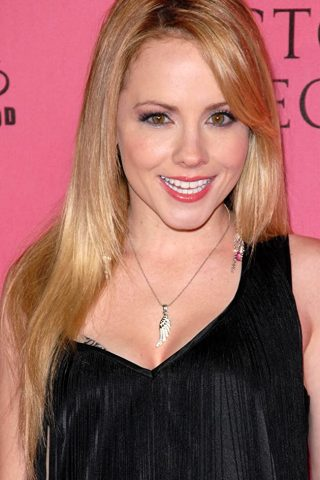 Kelly Stables 4