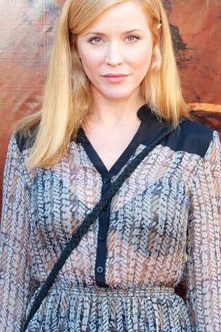 Kristen Dalton 3