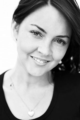 Lacey Turner 4