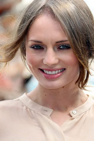 Laura Haddock phone number