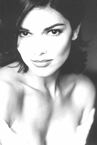 Laura Harring 2