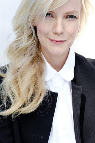 Laura Harris 1