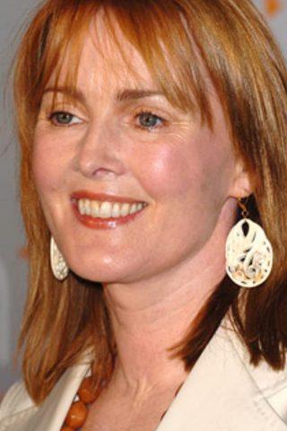 Laura Innes phone number