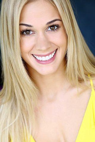 Lauren Compton 3