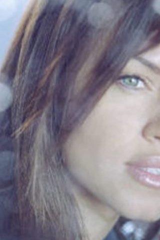 Leila Arcieri 4