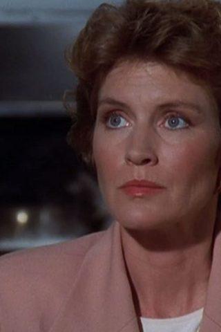 Leslie Bevis 4