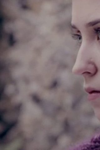 Lily Loveless 3