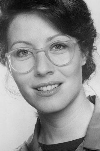 Linda Kozlowski 3