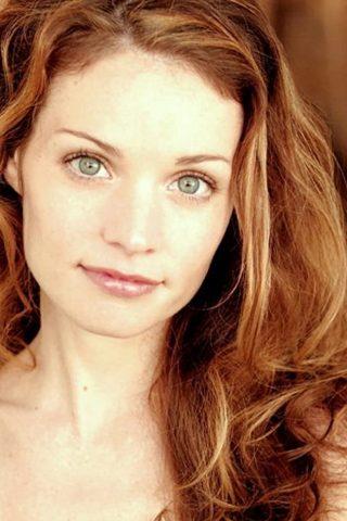 Lisa Brenner 3